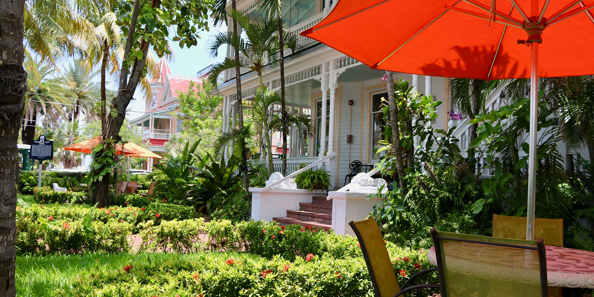Southernmost Point Guesthouse Courtyard